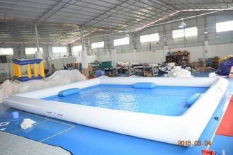 ประเทศจีน Outdoor Activity White Inflatable Water Pool With 0.9mm PVC Tarpaulin โรงงาน