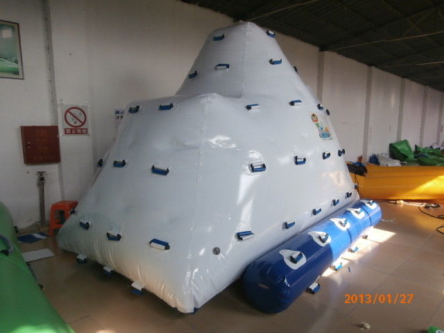 2 Sides Climbing Inflatable Floating Iceberg For Hotel Or Family Pool