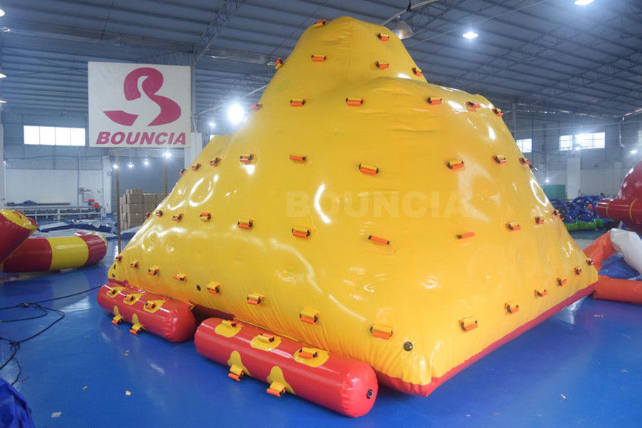 Water Park Floating Water Iceberg For Climbing And Sliding ผู้ผลิต