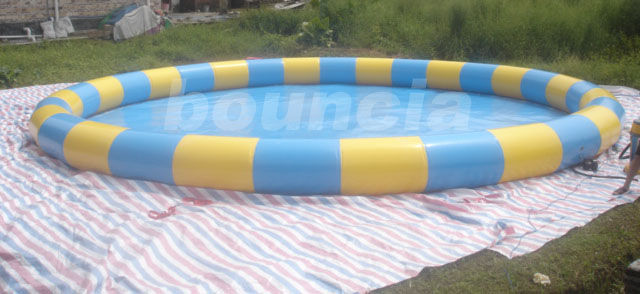 Outdoor Round Inflatabel Water Pool For Paddle / Bumper Boat Use ผู้ผลิต