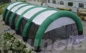 Constant Air Inflatable Paintball Arena With Durable Nylon For Commercial Use ผู้ผลิต