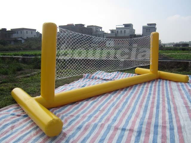 0.9mm PVC Tarpaulin Fabric Yellow Color Inflatable Volleyball Playground Equipment ผู้ผลิต