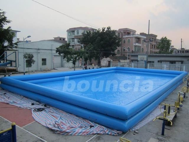 Double Layer Giant Outdoor Inflatable Water Pool For Commercial Use ผู้ผลิต