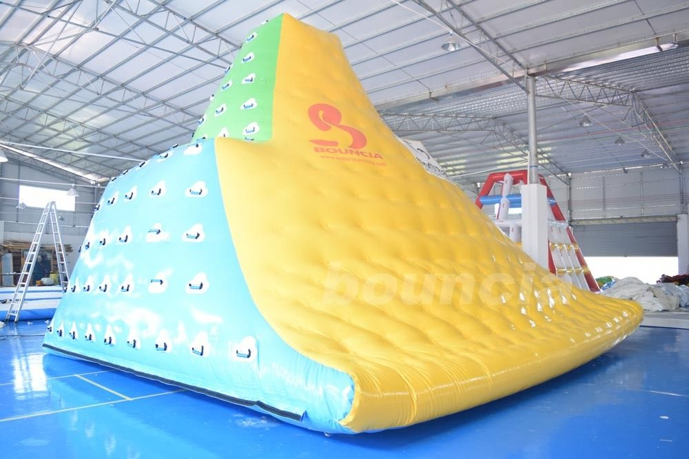 0.9mm Commercial Grade PVC Tarpauline Durable Inflatable Water Iceberg